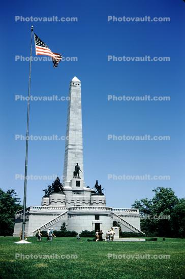 Lincoln's Tomb, Memorial