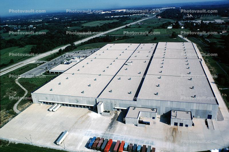 Warehouse, Truck Distribution Center, tiltup