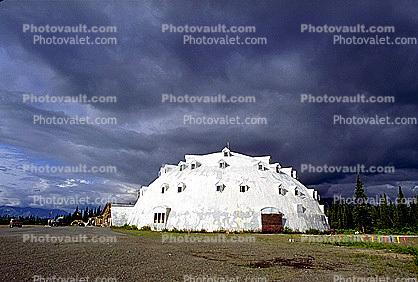 Igloo Hotel, near Denali National Park, dome, building