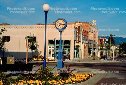 Chelan, outdoor clock, outside, exterior, building