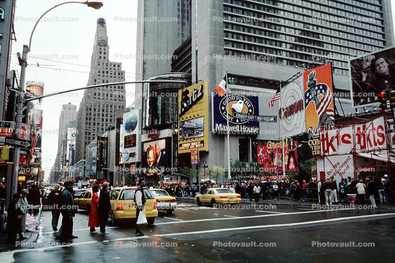 Times Square, Crosswalk, street, cars, buildings, taxi cab, autumn, skyscrapers, Manhattan, rainy, rain, 1997