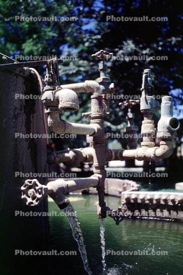 Pipes, Plumbing, Faucet, Parkfield Water Company, Water Fountain, aquatics, Park, Benches, Monument, Parkfield, Monterey County