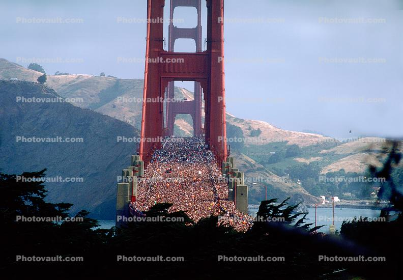 Crowded, People, 50th anniversary celebration, Golden Gate Bridge, May 24th, 1987, 1980s