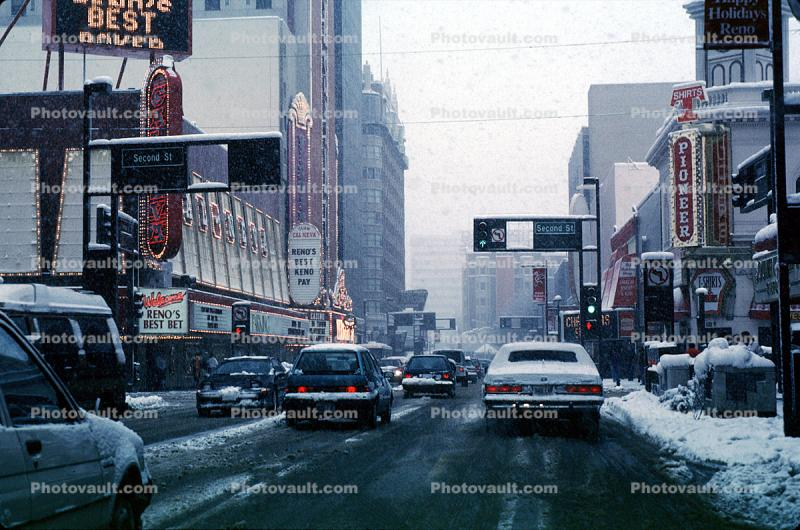 Virginia Street, Ren, Downtown, snow, blizzard, sleet, storm, Cold, Ice, Chill, Chilled, Chilly, Cool, Frosty, Frozen, Icy, Snowy, Winter, Wintry, buildings, Cars, vehicles, Automobile