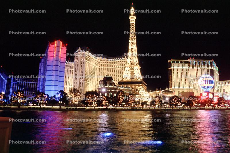 Las Vegas Paris Hotel, Night, nightime, lights, Exterior, Outdoors, Outside, Nighttime, Hotel, Casino, building