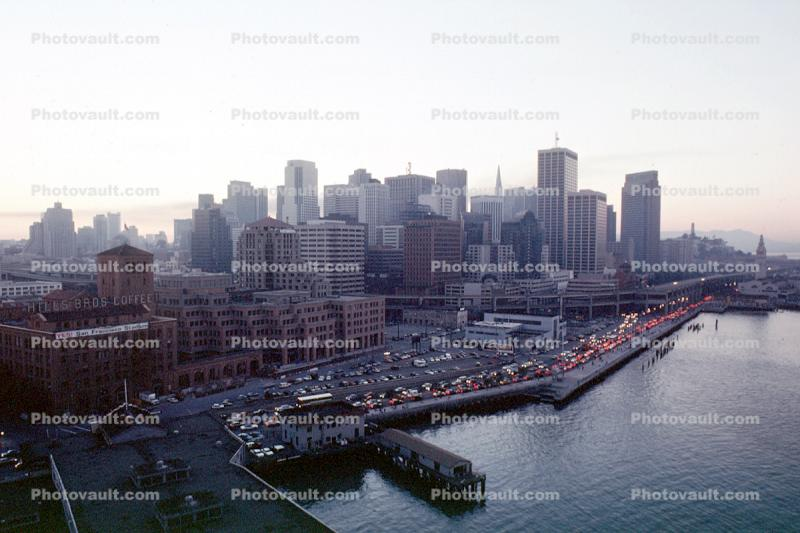 blacked out downtown, the Embarcadero, Loma Prieta Earthquake (1989), 1980s