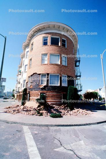 Marina district, Loma Prieta Earthquake (1989), 1980s