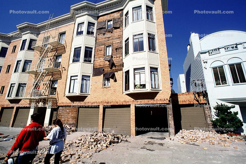 Fallen Bricks, Bay Windows, Garage, Marina district, Loma Prieta Earthquake (1989), 1980s