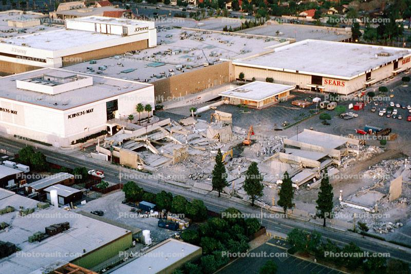 Sears, Shopping Center, Parking Structure, Northridge Earthquake Jan 1994, mall, Building Collapse
