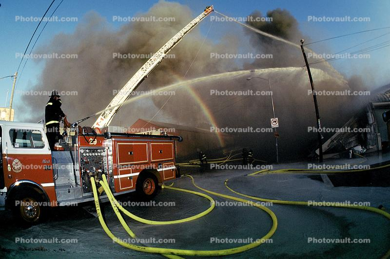 Mississippi street and Mariposa street, Smoke, Firefighters, Firemen, water