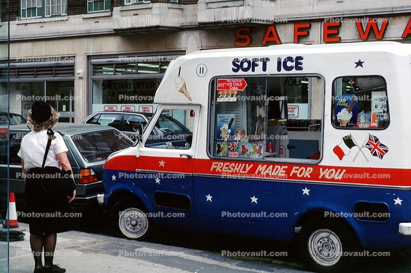 Soft ice, Freshly Made For You, Ice Cream Vendor, London, England, Safeway