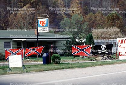 Confederate, Jolly Roger, rebel, skull and crossbones, hate, hatred, raciscm