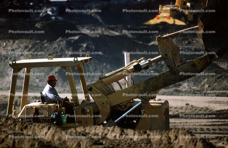 Front Loader, Construction of the George Moscone Center, Earthmoving, Earthmover
