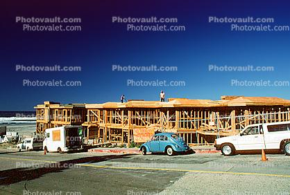 Urban Sprawl, Wooden Homes, houses, Volkswagen, cars, beach