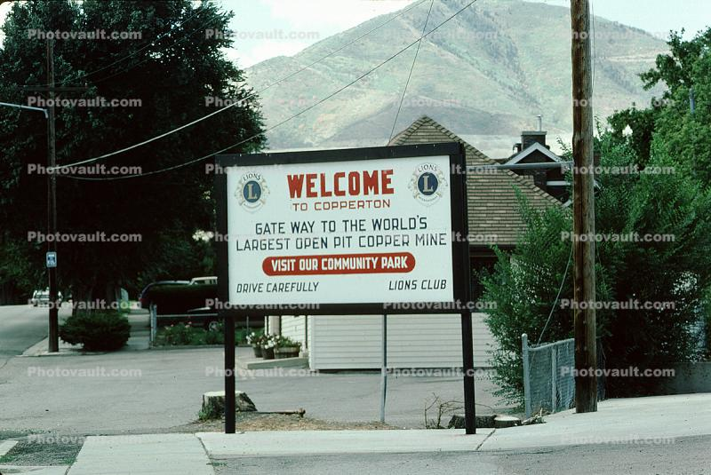 Welcome to Copperton, Bingham Canyon Mine, Utah
