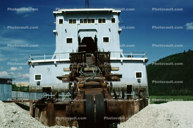 Bucketline Sluice Dredge no4, Bonanza Creek, Dawson City