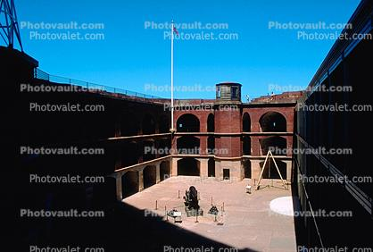 Rodman gun, cannon, civil war fort, Fort Point