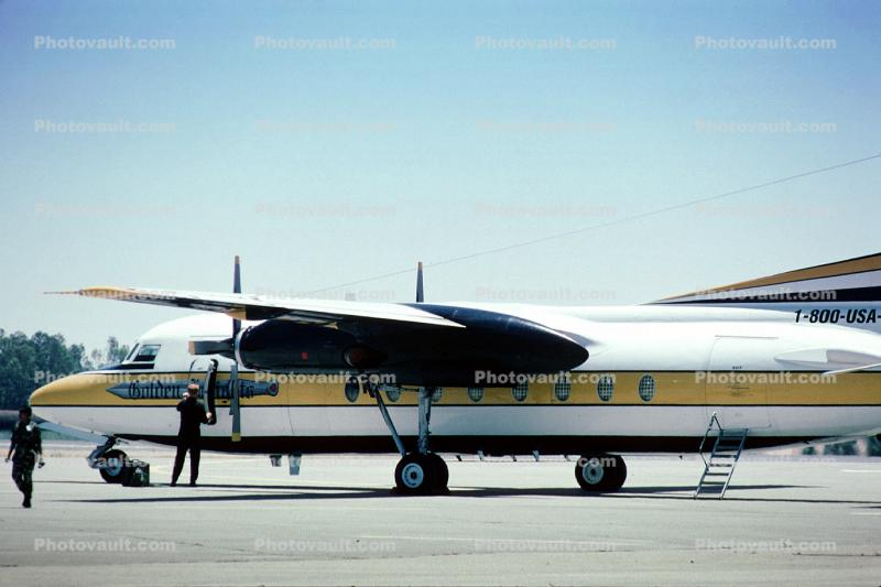Fokker F-27, Golden Knights, Travis Air Force Base, California, USA Army