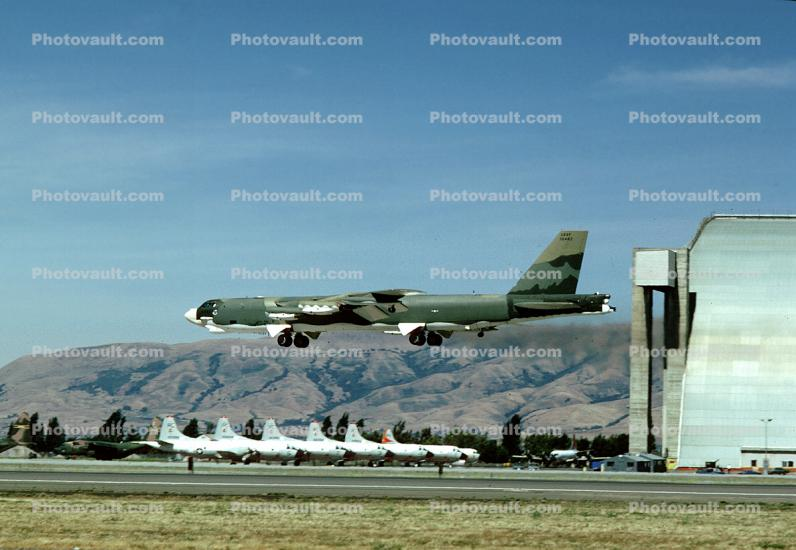Boeing B-52 Stratofortress, NAS Moffett Field (Federal Airfield), United States Air Force, USAF