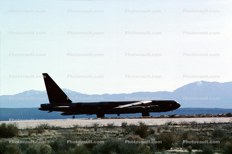 B-52, Edwards Air Force Base, AFB