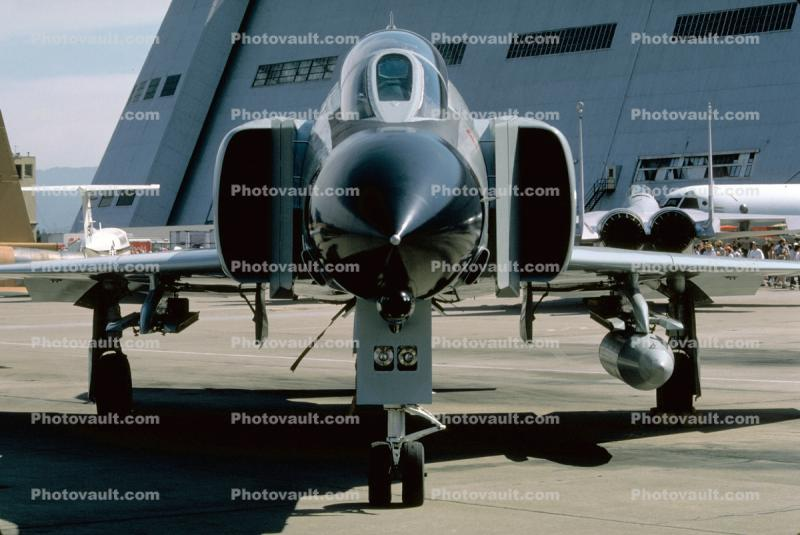 Moffett Field, McDonnell Douglas F-4 Phantom, head-on, head-on