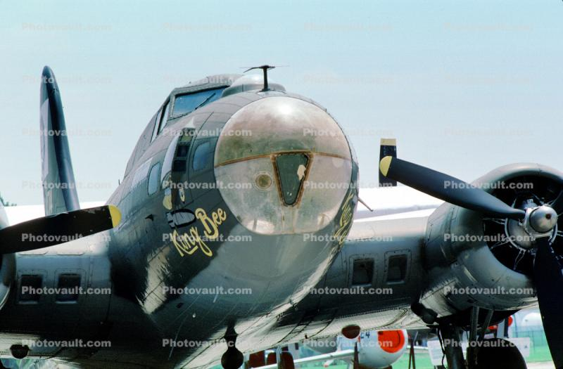 King Bee, B-17G Flying Fortress