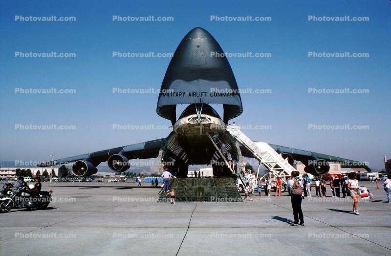 Lockheed C-5 Galaxy with nose lifted, pass-through