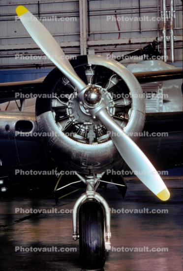 Beech C-45H Expeditor, Pratt & Whitney R-985, 450 HP Radial Piston Engine