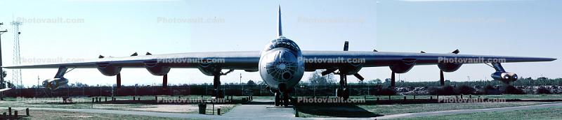 Convair RB-36H Peacemaker, head-on