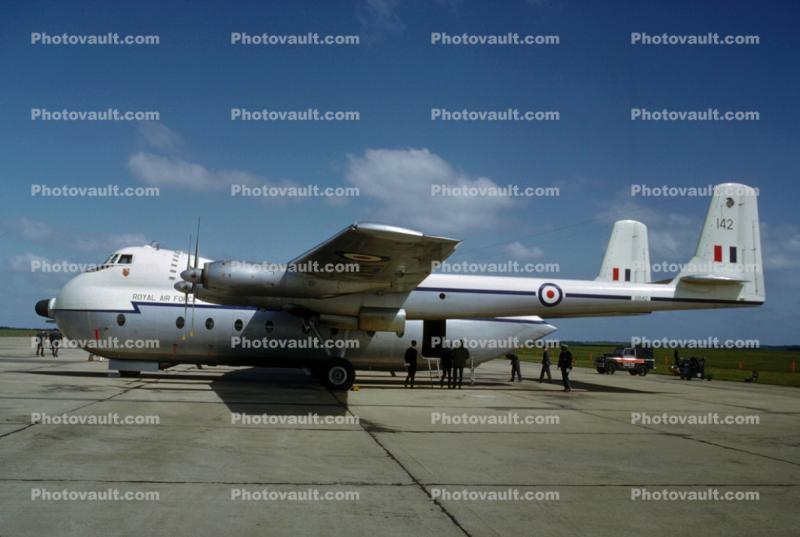 XR142, Armstrong-Whitworth AW650 Argosy, 142, Royal Air Force Transport Command