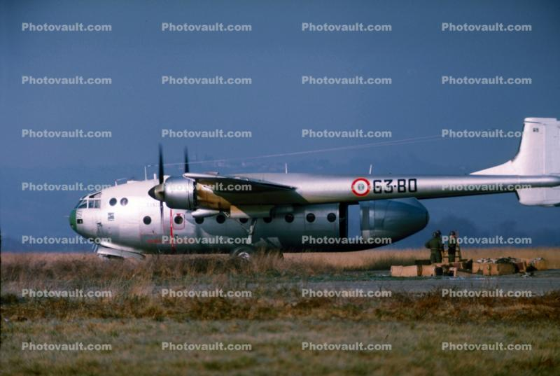 63-80, French Air Force, Nord 2501, Noratlas, military transport aircraft, airplane, prop, 69