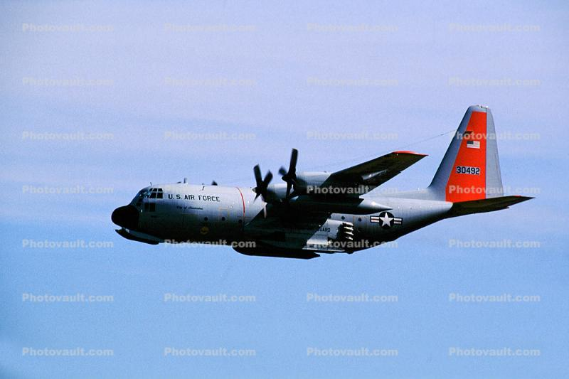 30492, Lockheed C-130H Hercules w JATO pack, New York Air Guard, skis, Jet Assisted Take-Off