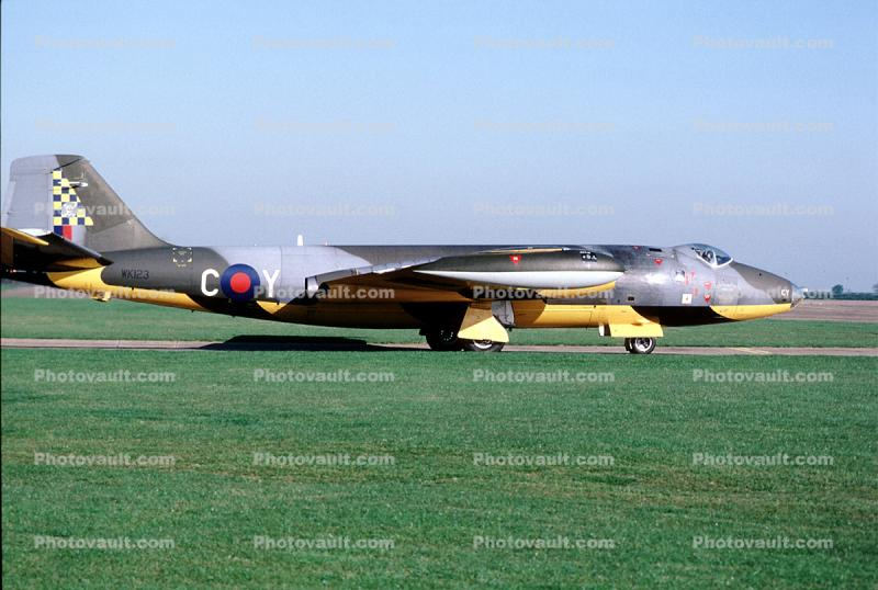 WK123, English Electric Canberra TT.18