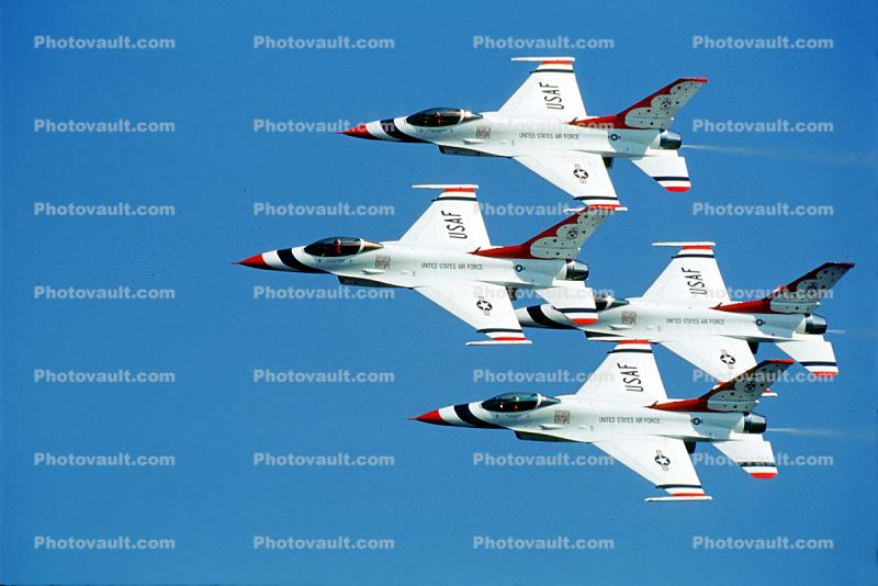 Lockheed F-16 Fighting Falcon, Thunderbirds