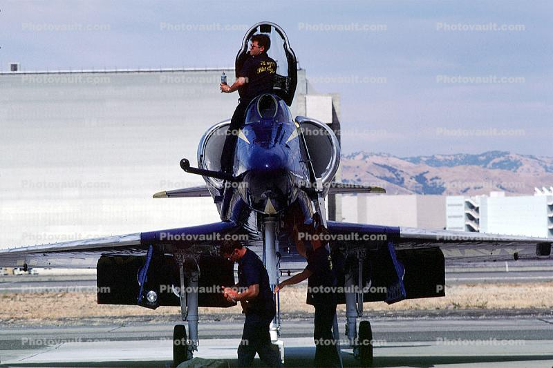 A-4 Skyhawk, Blue Angels
