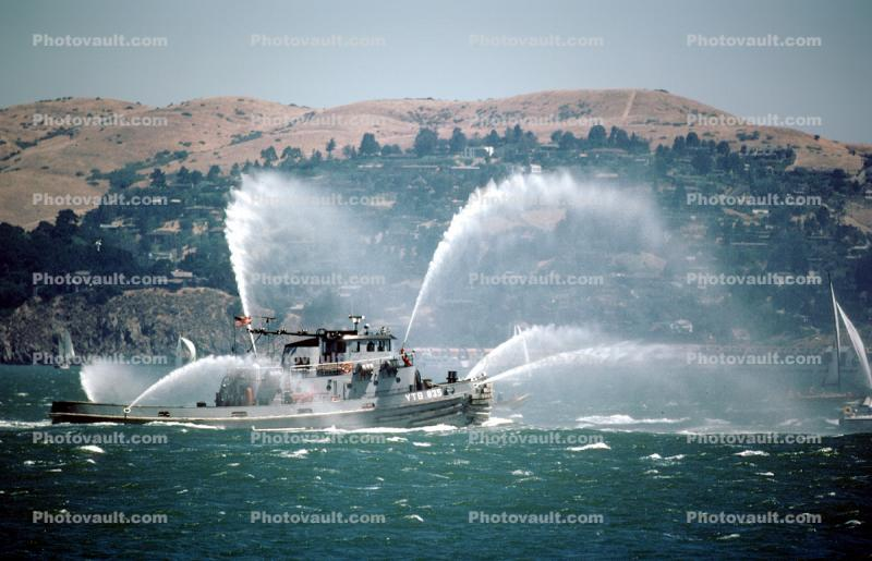 fireboat welcoming the USS Missouri, Spraying Water