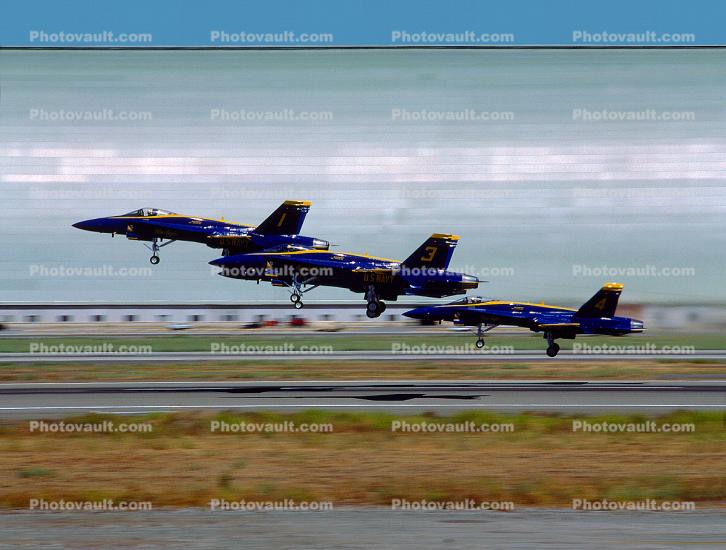 Formation Take-off, McDonnell Douglas F-18 Hornet, Blue Angels