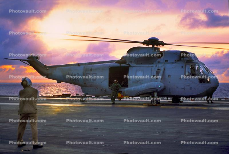 Sikorsky SH-3 Sea King 613