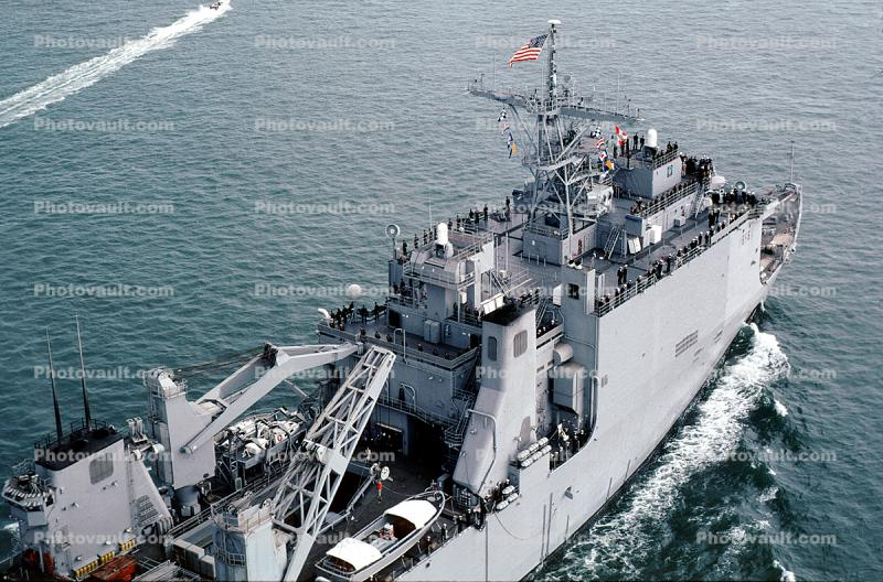 USS Comstock (LSD-45), Whidbey Island-class dock landing ship, USN, vessel, hull, maritime