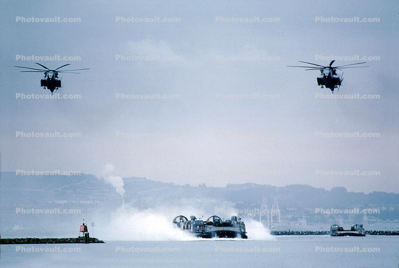 Hovercraft, USN, United States Navy, Sikorsky CH-53E Super Stallion, flight, flying, urban warfare training, Operation Kernel Blitz