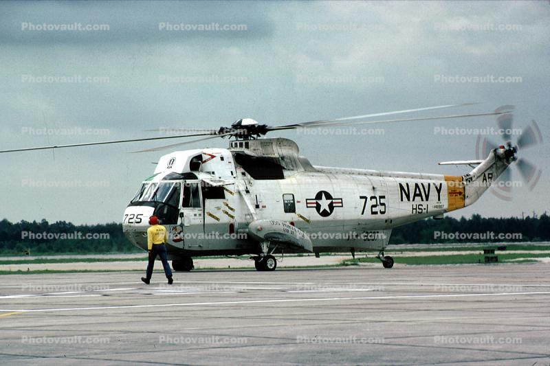 725, USS Portland LSD-37, SH-3G Sea King, 1982