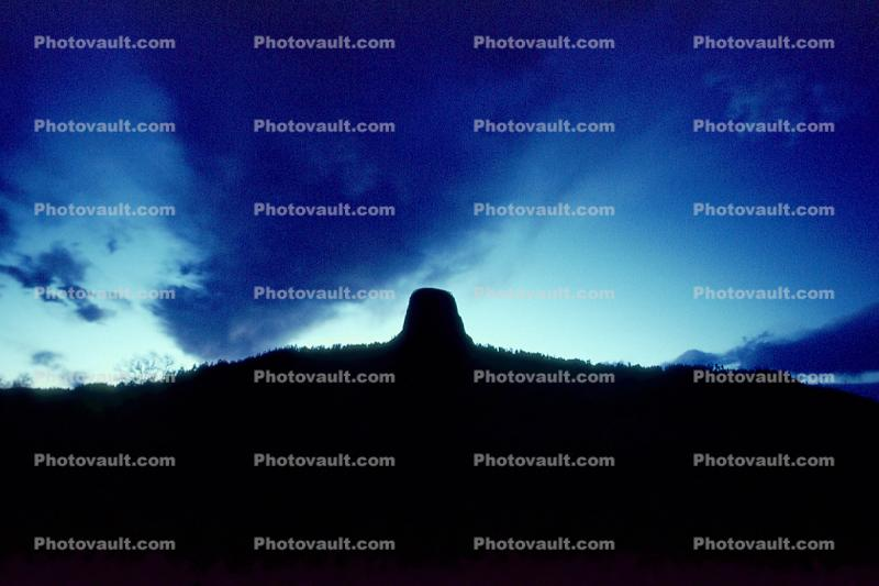 Devils Tower Time-lapse sequence