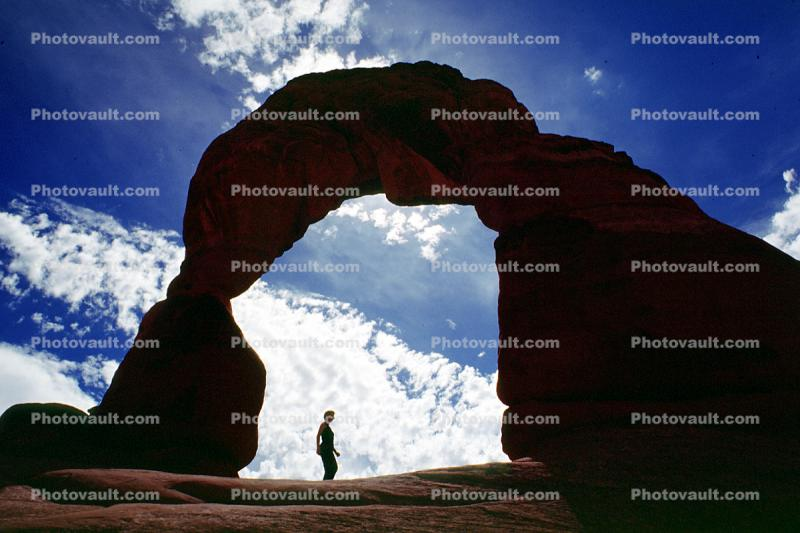 Hikker, Person, Woman, Female, Delicate Arch, Clouds, geologic feature, geoform
