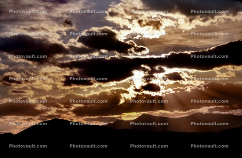 Crepuscular Rays, Spiritual Light, Sun Streamers, Sunset, Sunclipse, Spirit, Divine, Divinity, Heaven, sunbeams, Sunset, Sunclipse