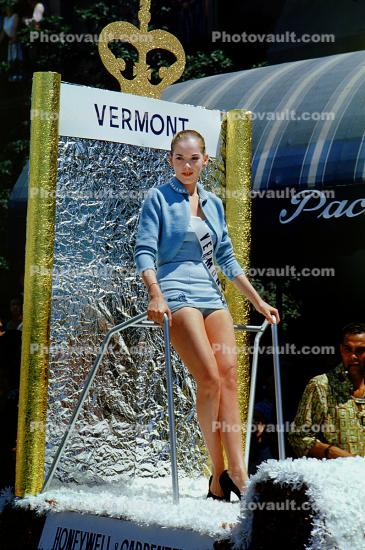 Miss Vermont, Float, Miss Universe Parade, Long Beach, California, July 1955, 1950's