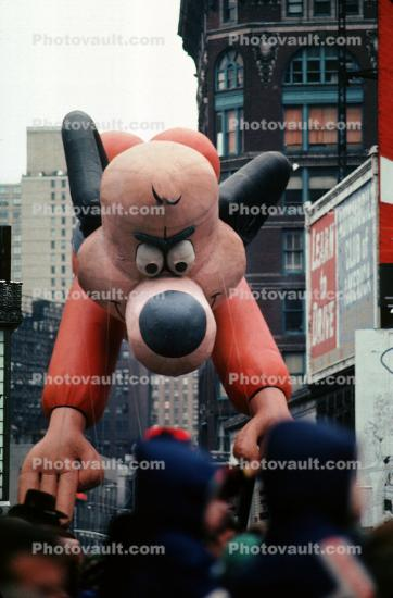 Underdog, Helium Balloon, Crowds, Macy's Thanksgiving Day Parade