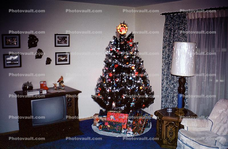 Television, Lamp, Presents, Decorations, Ornaments, Tree, curtains, drapes, table