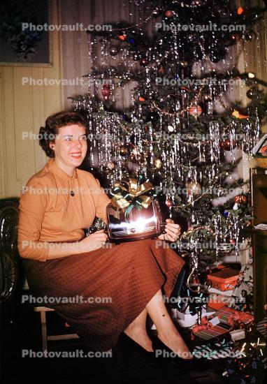 Woman, toaster, Tree, Presents, Decorations, Ornaments, tinsel, 1950s