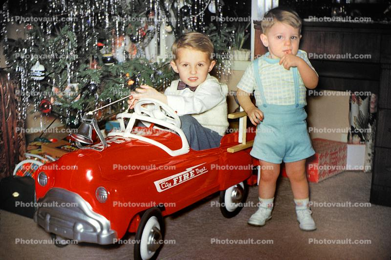 Pedal Car, Brothers, siblings, boys, 1950s