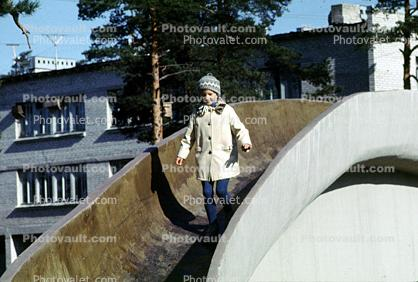 footbridge, girl, coat, cold, October 1969, 1960s